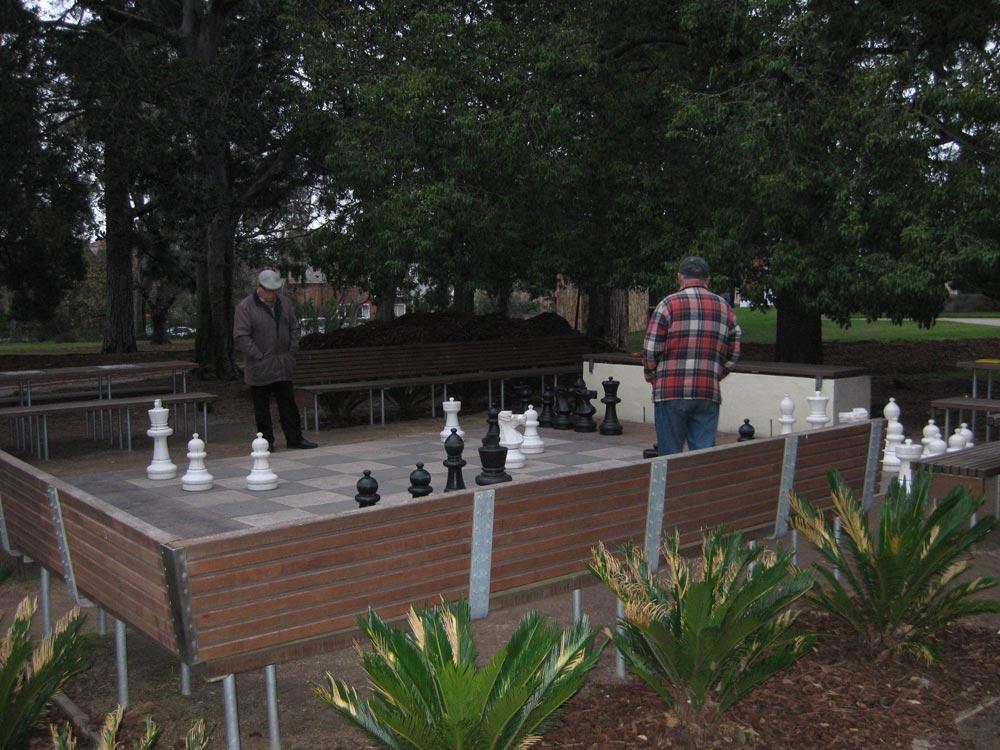 giant-chess-st-kilda-bot-ga