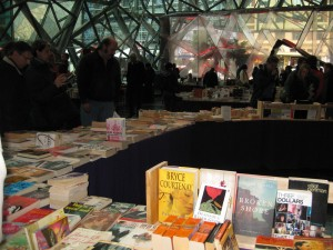 Saturday-book-market-fed-square