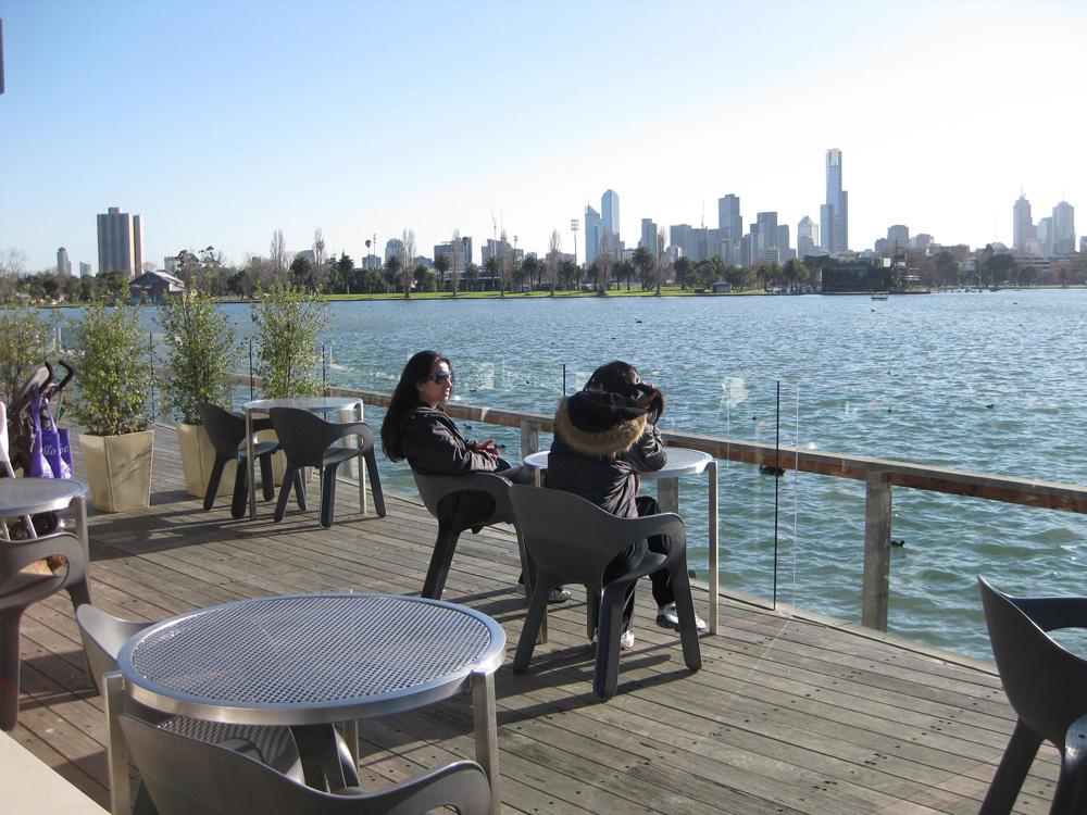 Deck Carousel Albert Park Lake
