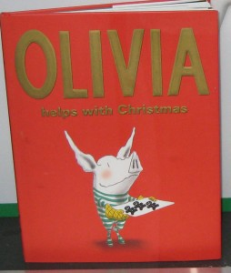 Olivia-helps-with-Christmas