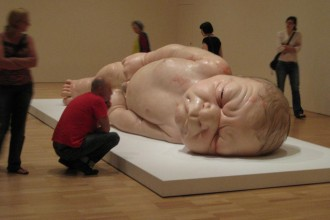 Ron-Mueck-A-Girl