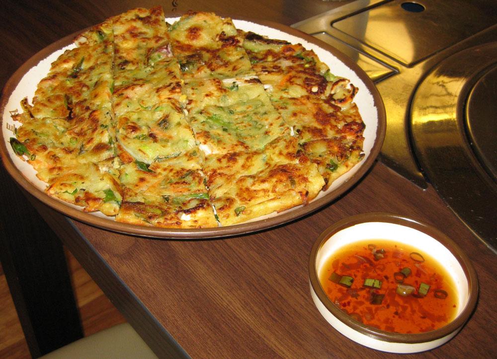Eating korean at dae jang geum korean bbq korean food for About korean cuisine