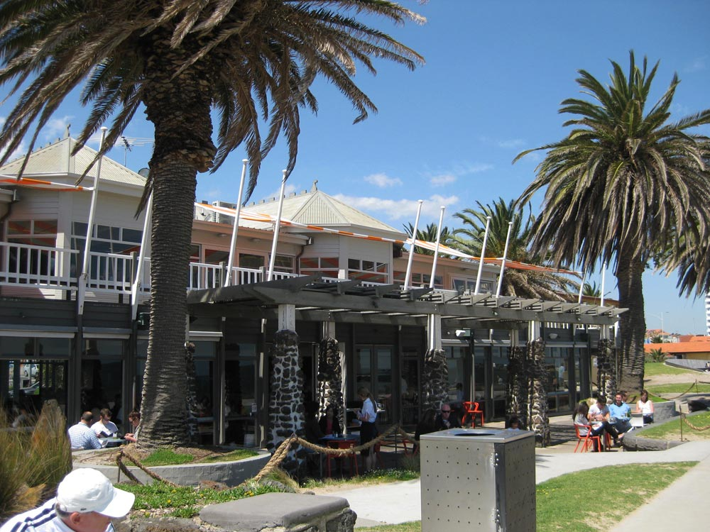 Outside-at-the-stokehouse1