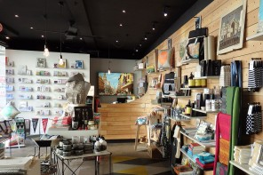 Melbournalia – Melbourne souveniers, showcasing local art and craft work