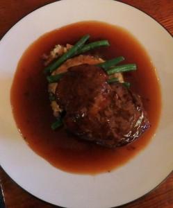 Fillet steak with mash